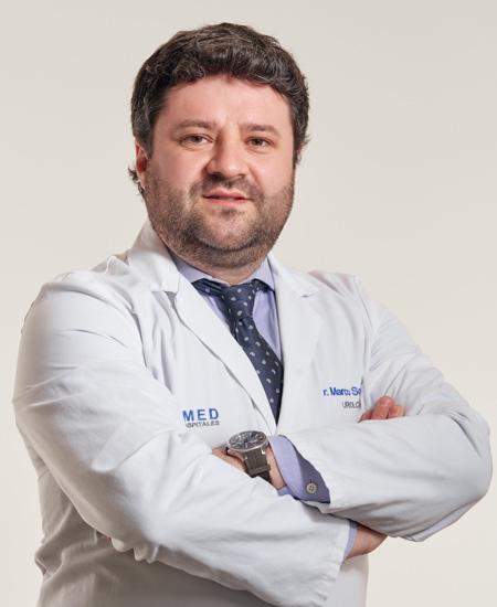 Dr. Marco Sobrón Bustamante