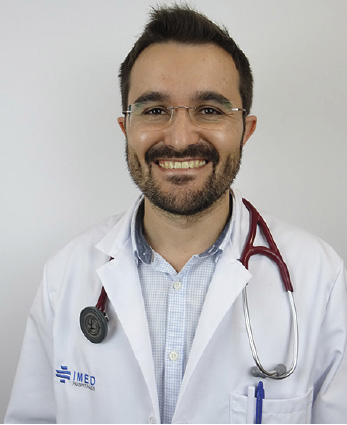 Dr. Óscar Fabregat
